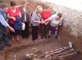 Fosa común de 1948 en Pedroche descubierta en 2006